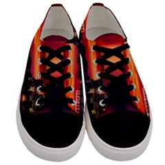 New York City Urban Skyline Harbor Men s Low Top Canvas Sneakers