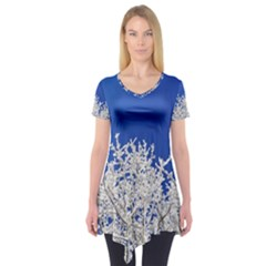 Crown Aesthetic Branches Hoarfrost Short Sleeve Tunic