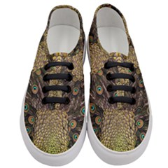 Peacock Feathers Wheel Plumage Women s Classic Low Top Sneakers