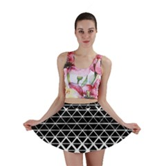 Triangle Pattern Background Mini Skirt