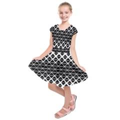 Triangle Pattern Background Kids  Short Sleeve Dress