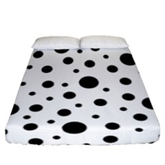 Black On White Polka Dot Pattern Fitted Sheet (queen Size)