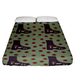 Deer Boots Green Fitted Sheet (king Size) by snowwhitegirl