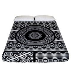 Wavy Panels Fitted Sheet (King Size)