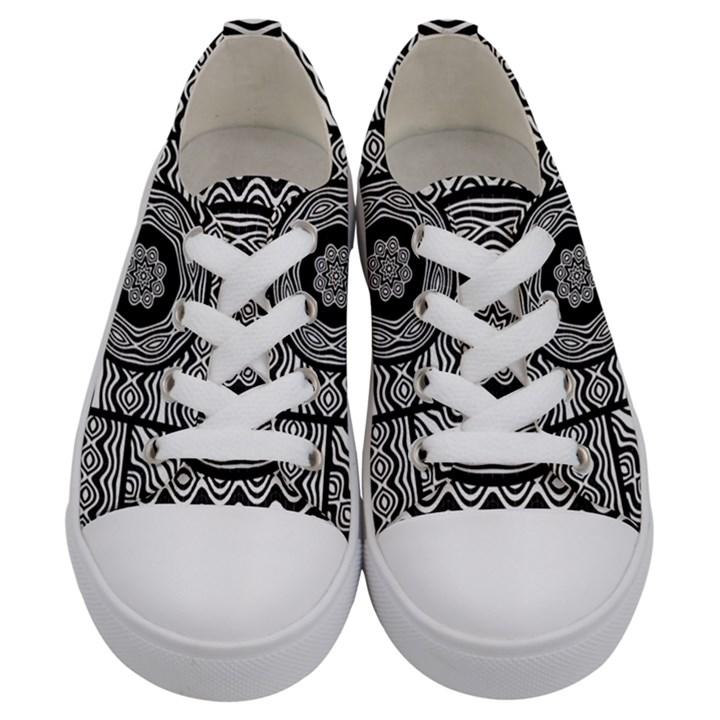 Wavy Panels Kids  Low Top Canvas Sneakers