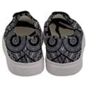Wavy Panels Men s Classic Low Top Sneakers View4