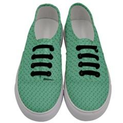 Pink Flowers Green Men s Classic Low Top Sneakers