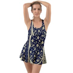Background Vintage Japanese Swimsuit