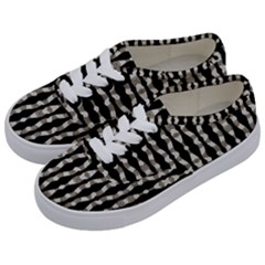 Wavy Stripes Pattern Kids  Classic Low Top Sneakers by dflcprints