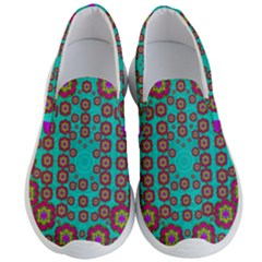 The Worlds Most Beautiful Flower Shower On The Sky Men s Lightweight Slip Ons