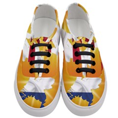 Holland Country Nation Netherlands Flag Women s Classic Low Top Sneakers