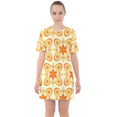 Background Floral Forms Flower Sixties Short Sleeve Mini Dress