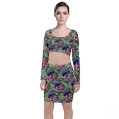 Background Square Flower Vintage Long Sleeve Crop Top & Bodycon Skirt Set