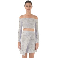 Background Wall Marble Cracks Off Shoulder Top With Skirt Set