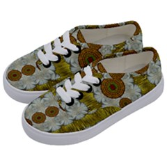 Spring In Mind And Flowers In Soul Be Happy Kids  Classic Low Top Sneakers by pepitasart