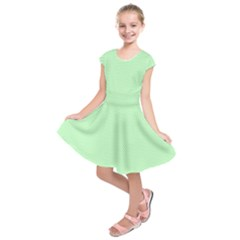 Classic Mint Green & White Herringbone Pattern Kids  Short Sleeve Dress by PodArtist