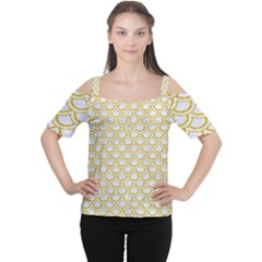 SCALES2 WHITE MARBLE & YELLOW DENIM (R) Cutout Shoulder Tee