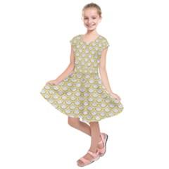 SCALES2 WHITE MARBLE & YELLOW DENIM (R) Kids  Short Sleeve Dress