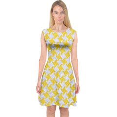Houndstooth2 White Marble & Yellow Colored Pencil Capsleeve Midi Dress