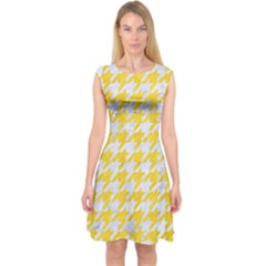 Houndstooth1 White Marble & Yellow Colored Pencil Capsleeve Midi Dress