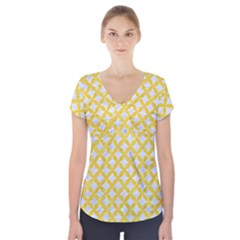 Circles3 White Marble & Yellow Colored Pencil (r) Short Sleeve Front Detail Top