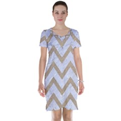 CHEVRON9 WHITE MARBLE & SAND (R) Short Sleeve Nightdress