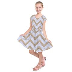 CHEVRON9 WHITE MARBLE & SAND (R) Kids  Short Sleeve Dress