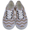 CHEVRON3 WHITE MARBLE & SAND Kids  Classic Low Top Sneakers View1