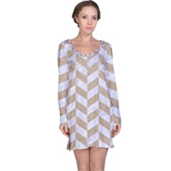 CHEVRON1 WHITE MARBLE & SAND Long Sleeve Nightdress