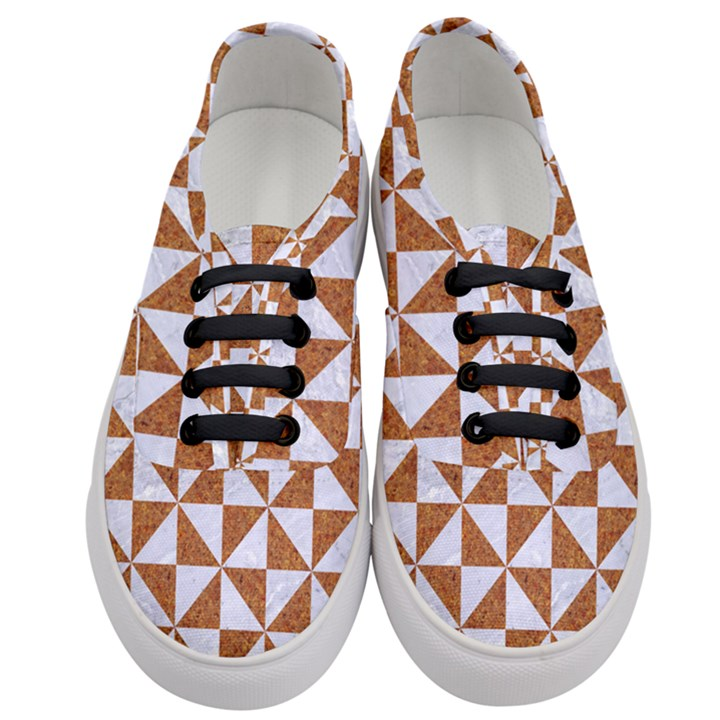 TRIANGLE1 WHITE MARBLE & RUSTED METAL Women s Classic Low Top Sneakers