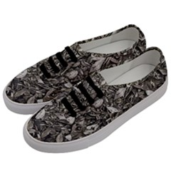 Black And White Leaves Pattern Men s Classic Low Top Sneakers by dflcprints