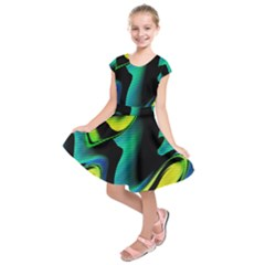 Hot Abstraction With Lines 4 Kids  Short Sleeve Dress