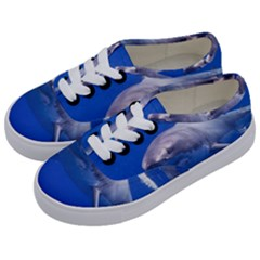 Great White Shark 4 Kids  Classic Low Top Sneakers by trendistuff
