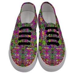 Flower Wall With Wonderful Colors And Bloom Men s Classic Low Top Sneakers