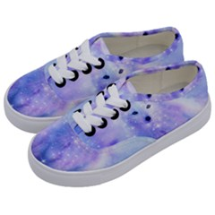 Arctic Iceland Fox Kids  Classic Low Top Sneakers by augustinet