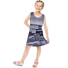 Omaha Airfield Airplain Hangar Kids  Tunic Dress