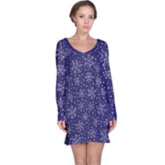 Snowflakes Pattern Long Sleeve Nightdress by Sapixe