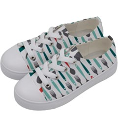 Spoon Fork Knife Pattern Kids  Low Top Canvas Sneakers by Sapixe