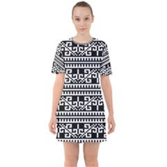 Traditional Draperie Sixties Short Sleeve Mini Dress by Sapixe