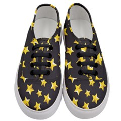 Yellow Stars Pattern Women s Classic Low Top Sneakers