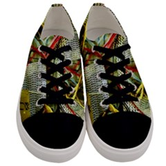 Hidden Strings Of Purity 15 Men s Low Top Canvas Sneakers