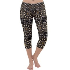 Wonderful Fantasy Pearl Flowers Landscape Capri Yoga Leggings