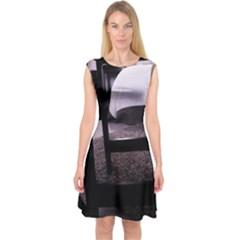 Colors And Fabrics 27 Capsleeve Midi Dress