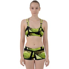 Colors And Fabrics 25 Women s Sports Set