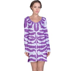 Skin2 White Marble & Purple Denim Long Sleeve Nightdress