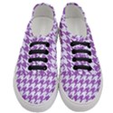 HOUNDSTOOTH1 WHITE MARBLE & PURPLE DENIM Women s Classic Low Top Sneakers View1