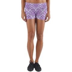 DAMASK1 WHITE MARBLE & PURPLE DENIM (R) Yoga Shorts