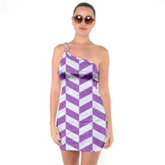 Chevron1 White Marble & Purple Denim One Soulder Bodycon Dress