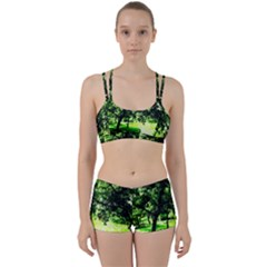 Lake Park 17 Women s Sports Set