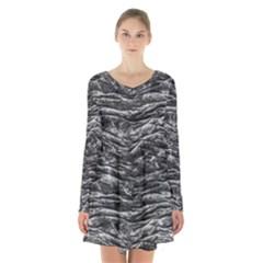 Dark Skin Texture Pattern Long Sleeve Velvet V-neck Dress